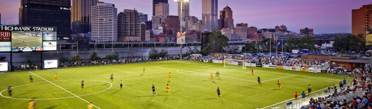 cropped-130815_nello_riverhounds_010.jpg
