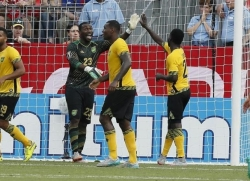 jamaica-goalkeeper-ryan-thompson-23-celebrates-a-win-over-el-salvador-during-the-2015-gold-cup
